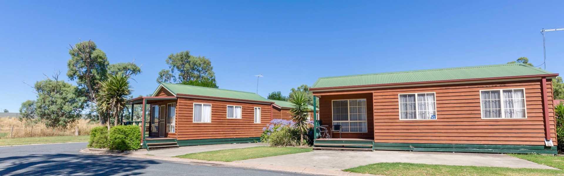 Kui Parks, Holbrook Motor Village, Holbrook NSW