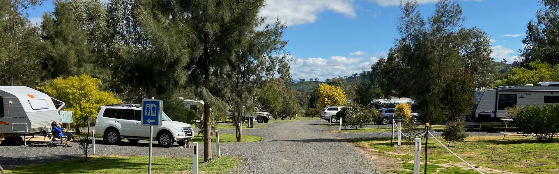 Kui Parks, Coolac Cabins & Camping