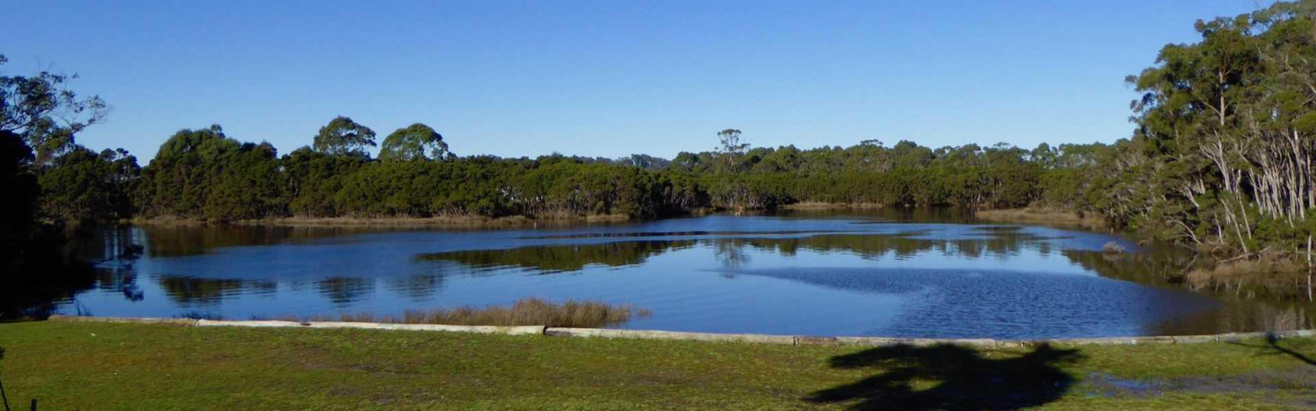 Kui Parks, Smithton, River Breeze Caravan & Cabin Park, River Side