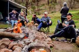 Kui Parks, Melrose Caravan & Tourist Park, Camp Fire