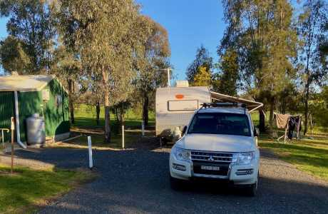 Kui Parks, Coolac Cabins & Camping Sites