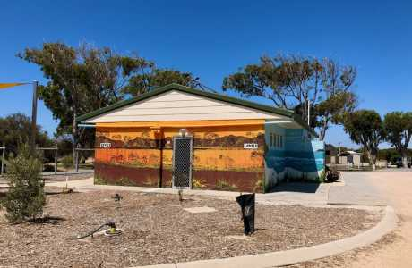 Kui Parks, Green Head Caravan Park, Amenities, Green Head WA