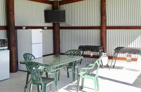 Kui Parks, Katanning Caravan Park, Camp Kitchen