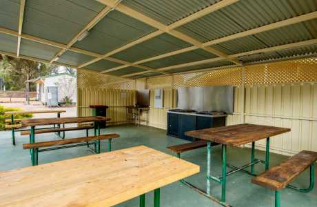 Kui Parks, Melrose Caravan & Tourist Park, Camp Kitchen