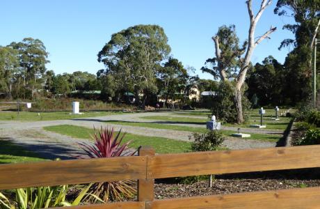 Kui Parks, Smithton, River Breeze Caravan & Cabin Park, Sides